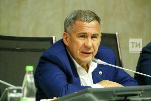 Рустам Минниханов выразил соболезнования в связи со смертью тренера по фехтованию Владимира Житлова