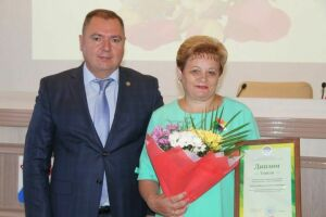 Соцработники Менделеевска отмечены дипломами за лучшие проекты «Истоки» и «Детство до слез»