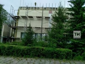 «Весной нас затопило!»: челнинский колледж искусств получил на юбилей капремонт за 37 млн рублей