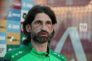 Роман Шаронов: В приоритете сейчас не количество голов, а цельность команды во время игры