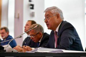 Госсовет Татарстана и Заксобрание Оренбургской области впервые подписали соглашение о сотрудничестве