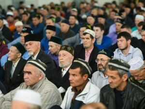 Нижнекамские мусульмане отмечают Уразу-байрам