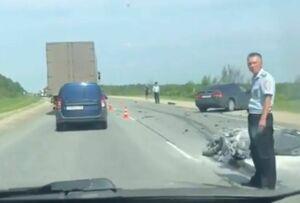 Столкновение мотоцикла и легковушки на трассе в Татарстане попало на видео