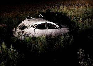 В Чувашии погибли водитель и пассажирка вылетевшего в кювет внедорожника из Татарстана