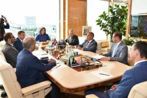Минниханов обсудил с министром образования ОАЭ вопросы популяризации рабочих профессий