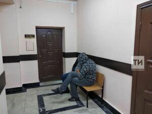 Задушивший жену из ревности казанец плакал все время, пока шел процесс по его аресту