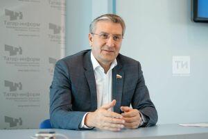 Фаррахов предлагает распространить татарстанский опыт работы производственных аптек навсю Россию