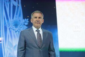 Рустам Минниханов укрепил позиции в топ-10 самых популярных у СМИ руководителей регионов
