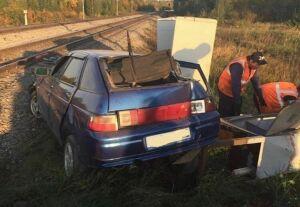 В результате столкновения автомобиля с поездом в Бугульминском районе РТ погибла шестилетняя девочка