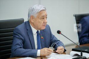 Фарид Мухаметшин возглавил медиарейтинг глав заксобраний регионов РФ