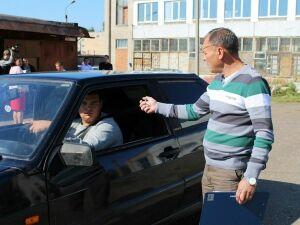 В Нижнекамске выберут самых умелых «автобабаев» и молодых водителей