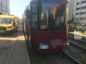 Один трамвай протаранил другой в Московском районе Казани, пострадала пассажирка