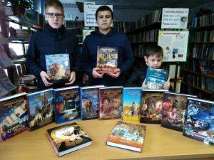 Жители Бугульминского района отдали в дар библиотеке ценные сборники книг