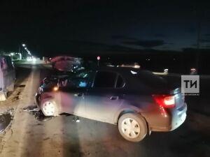 Два человека попали в больницу в результате ДТП на трассе в Татарстане