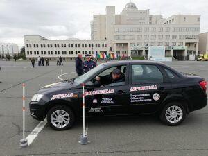 В Казани 26 «автобабаев» соревновались в конкурсе водительского мастерства
