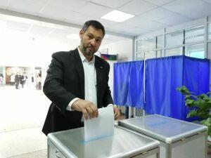 Лидер списка «Партии Роста» Олег Коробченко проголосовал на выборах в Госсовет Татарстана