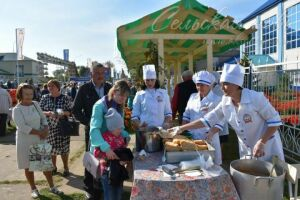 На избирательном участке в Аксубаевском техникуме приготовили 2 тыс. порций плова