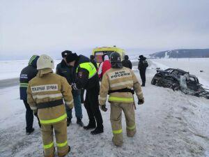 Один человек погиб в ДТП с внедорожником и легковушкой из Перми на трассе в РТ