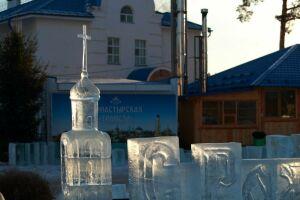 В Раифе в рамках ART-фестиваля возвели ледяные скульптуры