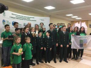 Юннаты Татарстана показали Президенту РТ лабораторию «Пчелка» и метеостанцию