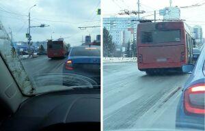 Водитель автобуса, решивший объехать затор по встречке в Казани, может лишиться прав