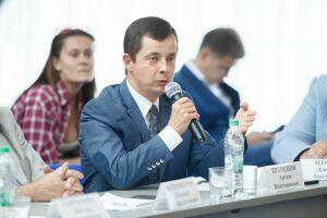 Кузнецов о послании Путина: Российские власти повернулись в сторону семейной политики