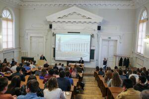 Путин предложил ежегодно увеличивать число бюджетных мест врегиональных вузах