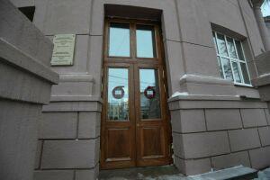 Демонтированные в КНИТУ деревянные двери не представляют исторической ценности