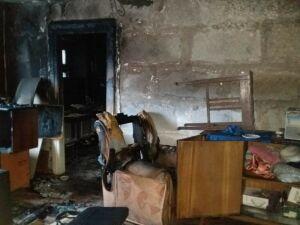 Пожарные спасли двух женщин, которые потеряли сознание на пожаре в Казани