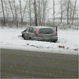 Один человек погиб и трое пострадали в ДТП с тремя авто на трассе в РТ