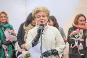 Елена Малышева приехала в Казань для съемок уникального центра ДРКБ Татарстана