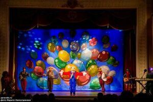 В Зеленодольске с аншлагом представили мюзикл «Новогодние приключения друзей»