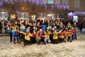 Учащиеся из Альметьевска устроили флешмоб, посвященный безопасности пешеходов