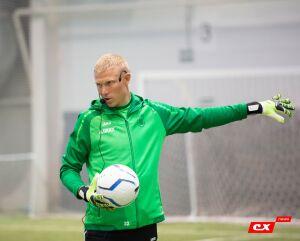 Голкипер «Рубина» Юрий Дюпин провел мастер-класс для вратарей в родном Барнауле
