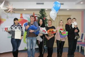В Челнах выписку сотого рожденного в 2020 году малыша приурочили к 100-летию ТАССР
