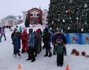 «Рождественская сказка» собрала пестречинцев возле новогодней елки