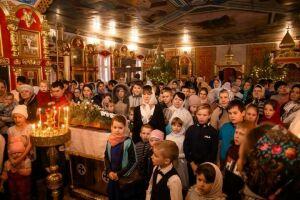 В храмах Спасского района провели рождественские богослужения для детей