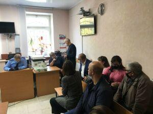 За гибель рабочих в упавшей с высотки в Казани люльке наказали главу стройфирмы