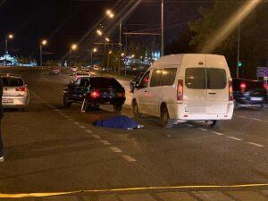В Казани авто насмерть сбило женщину, переходившую дорогу на красный