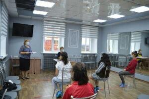 В Заинском районе обучают сиделок для работы с маломобильными гражданами