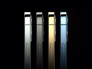 Apple представила сразу четыре новых модели iPhone