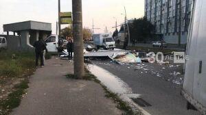 Возбудили дело после того, как в Казани трамвай слетел с рельсов и снес «ГАЗель»
