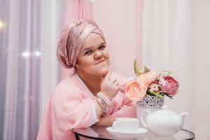 Девушка с карликовой болезнью из Казани расскажет о себе на «Халяль маркете»
