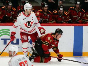 В матче лидеров КХЛ пять из семи голов забили  нижнекамцы