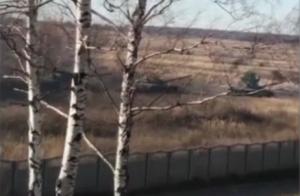 Под Казанью сняли на видео колонну танков