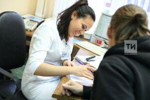 В Минздраве РТ объяснили длинную очередь пациентов в пятой поликлинике Казани