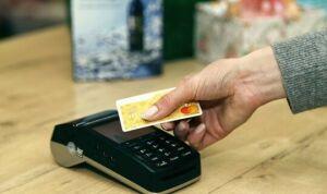 Габдрахманов: 40% мошенничеств связаны со звонками лжесотрудников банка