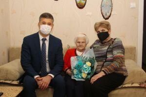 Участнице Великой Отечественной войны Екатерине Калязиной исполнилось 99 лет