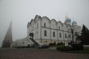 В Казани началась Божественная литургия в честь Казанской иконы Божией Матери