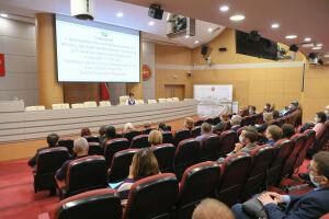 Оперштаб РТ обсудил наличие лекарств в аптеках республики с их представителями
